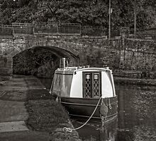 Bridge 43 B&W by Tom Gomez