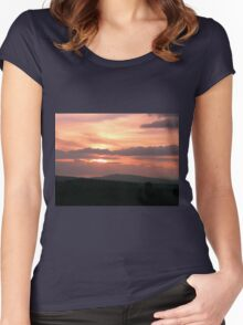 Strong red sunset - Donegal Ireland Women's Fitted Scoop T-Shirt