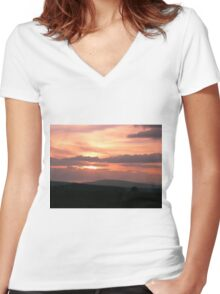 Strong red sunset - Donegal Ireland Women's Fitted V-Neck T-Shirt