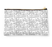 Black and white floral doodle pattern Studio Pouch