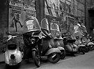 Vespas, Roma by pmreed