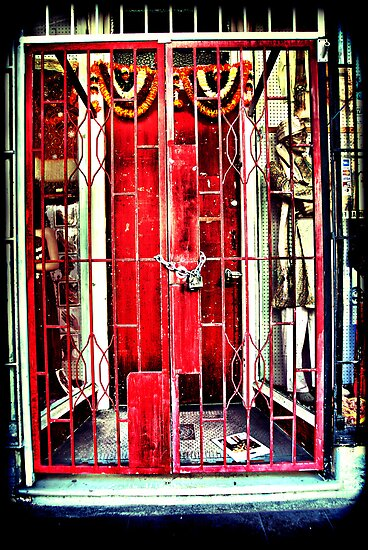 Red gates. Lomography by andreisky