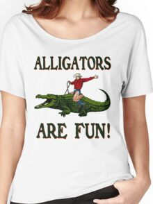 ALLIGATORS ARE FUN ! Women's Relaxed Fit T-Shirt