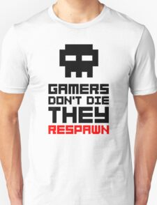 Pixel Skull Gamers Don't Die - Dark Version T-Shirt
