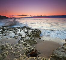 Pt Noarlunga High Tide by KathyT