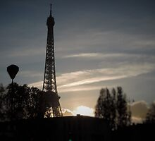 Eiffel Tower at Sunset by tcoccioletti