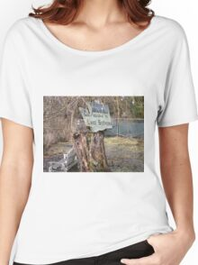 Old sign of welcome Women's Relaxed Fit T-Shirt
