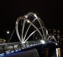 White Bridge, melbourne by Gavin Poh