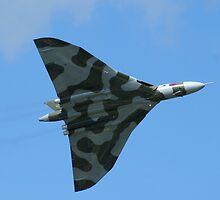 Avro Vulcan B2 by Yvonne Falk Ponsford