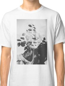 august song Classic T-Shirt