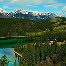 Emerald Lake (Yukon) by Juergen Weiss