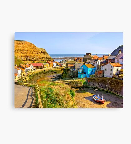 Staithes Harbour Canvas Print