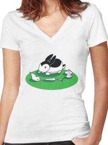 """""""Bunnicula"""" - Veggie Vampire Women's Fitted V-Neck T-Shirt"""