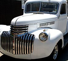 1946 old chevy truck -front full by henuly1