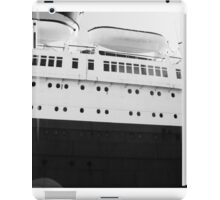 Queen Mary Hull iPad Case/Skin