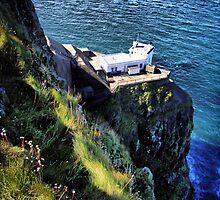 North Lighthouse - Rathlin Island by SNAPPYDAVE