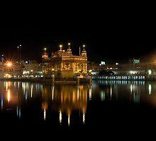 GOLDEN TEMPLE @ NIGHT by RakeshSyal