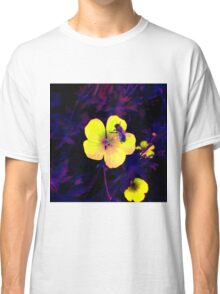 Ultra-violet bee on flower macro Classic T-Shirt