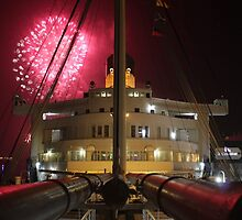 Queen Mary Fireworks 1 by kuumbalion