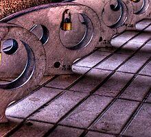Moto Locks by Merlina Capalini