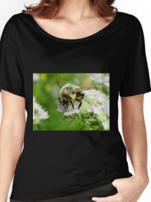 Bumble bee on white flower Women's Relaxed Fit T-Shirt