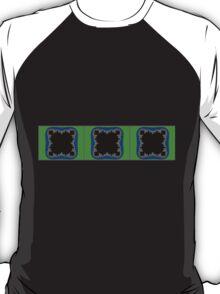 Mandelbrojt-4-3RBG T-Shirt