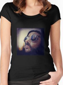 Léon the Professional  Women's Fitted Scoop T-Shirt