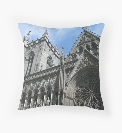 Nidaros Domkirke Throw Pillow