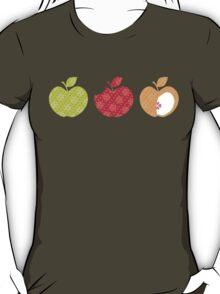 APPLE TRIO 2 T-Shirt