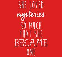 Paper Towns t-shirt – She Loved Mysteries, Margo, John Green Unisex T-Shirt
