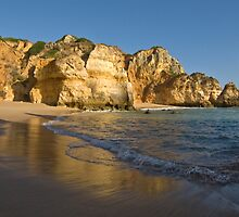 Algarve: Morning Contrasts by Kasia-D