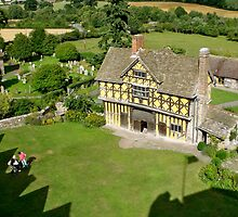 Stokesay Castle gatehouse by flowingenglish