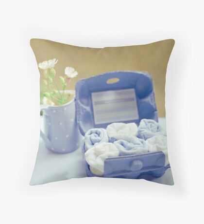 .baby shower gift. Throw Pillow