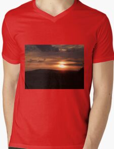 Donegal sunset Mens V-Neck T-Shirt