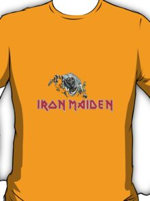Iron Maiden - Eddie reaches out to fans T-Shirt
