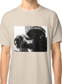 Wicker Squirrel in Love Classic T-Shirt
