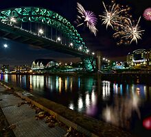 Tyne Bridge Fireworks, Newcastle upon Tyne, UK by David Lewins