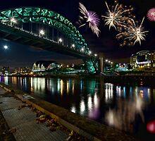 Tyne Bridge Fireworks, Newcastle upon Tyne, UK by David Lewins