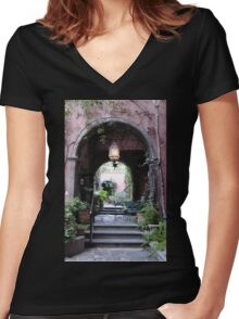 San Miguel Portal Women's Fitted V-Neck T-Shirt