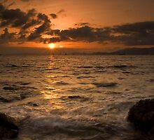Mallorca: Last Rays Across the Bay by Kasia-D