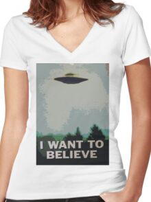 I Want to Believe- X Files Women's Fitted V-Neck T-Shirt