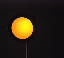 Solar glow - golden bulb lamp by 77degrees