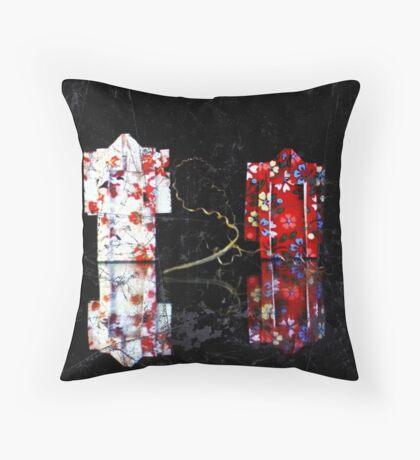 origami kimonos Throw Pillow