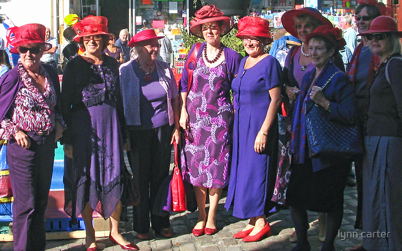 Red Hat  Society by lynn carter