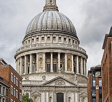 St Pauls by Lynne Morris