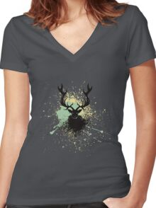 Grunge Stag Women's Fitted V-Neck T-Shirt