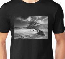 Never surrender! Unisex T-Shirt