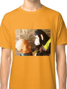 Dead-Staring Contest Classic T-Shirt