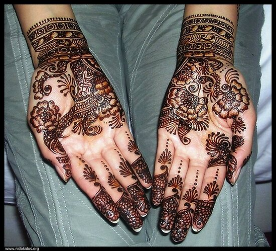 Beautiful Design on Hand (in our Language  Mahndi) by Amir Saeed