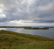 Looking out to sea at Stykkishólmur by hinomaru